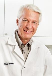por el Dr. Dan Fischer Fundador y Presidente Ultradent Products, Inc.